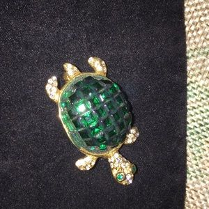 Jewelry - Emerald gemstone gold plate Turtle Brooch  crystal